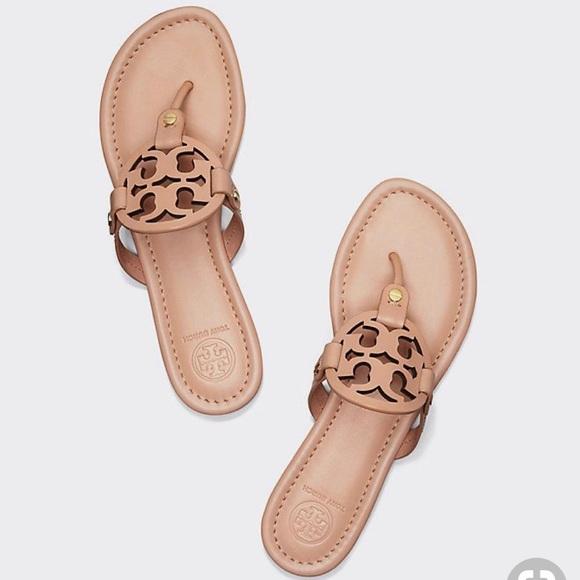 4f66106ffab7 Tory Burch Miller Thong Sandal Leather 8.5. M 5c5a3feec89e1ddc44aa5abb
